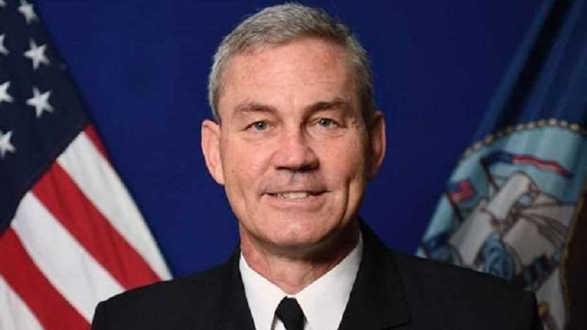 В Бахрейне обнаружили мертвым командующего Пятым флотом США