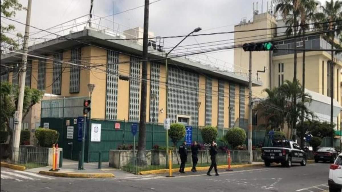 Возле консульства США в Мексике прогремел взрыв