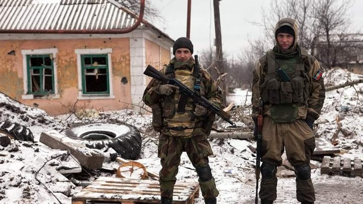 Сутки на Донбассе: 15 обстрелов со стороны боевиков, потерь среди украинских воинов нет