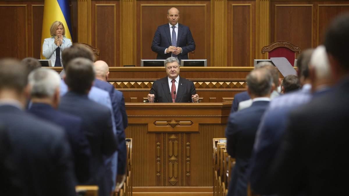 Сценарий переноса выборов из-за военного положения готовился не один месяц, – Лещенко