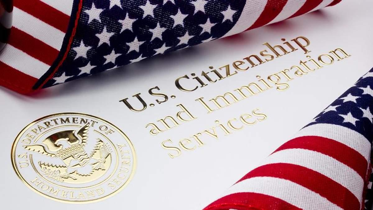 """США меняют правила выдачи рабочих виз: кому дадут """"зеленый свет"""""""