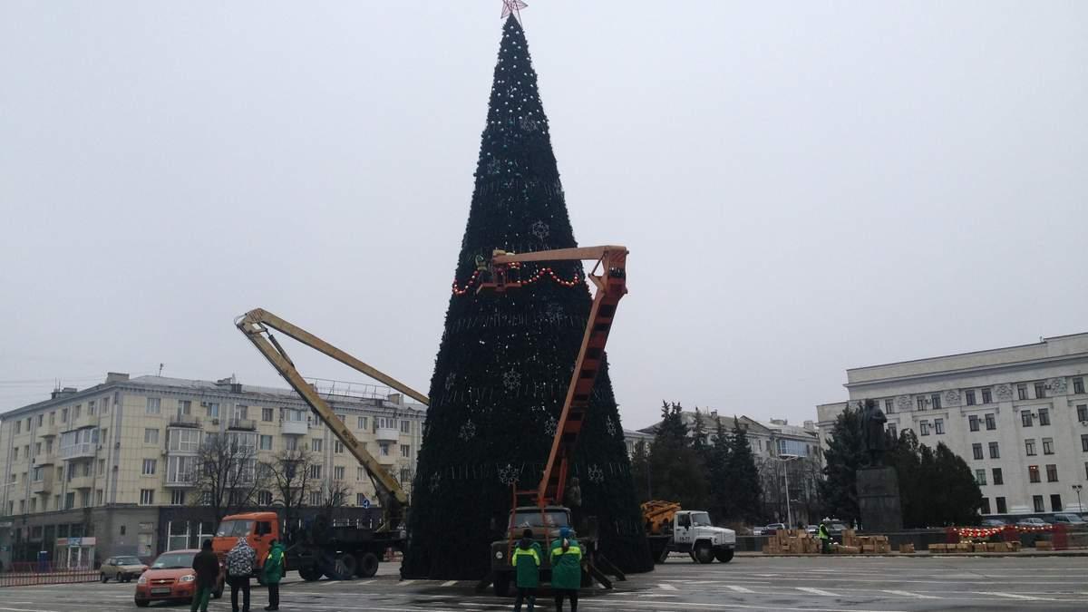 Главная елка Луганска