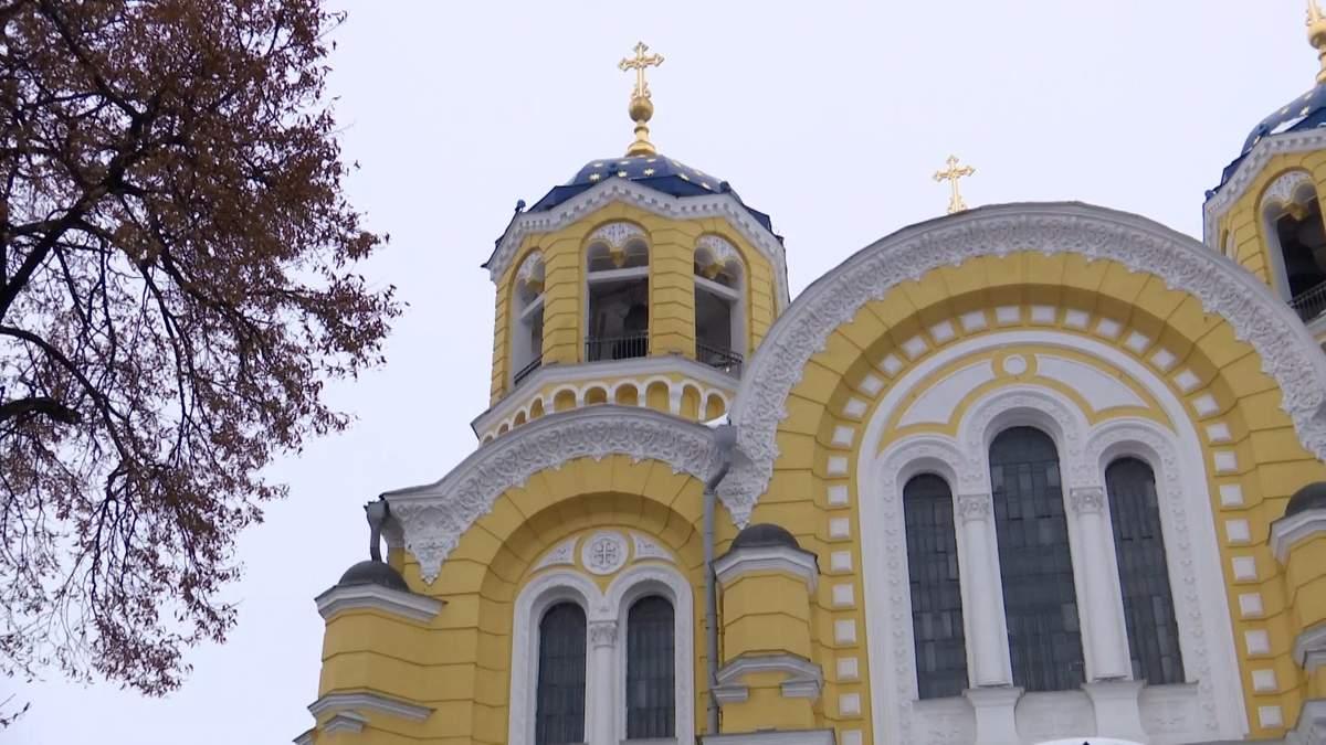 Кого українці бачать очільником Єдиної помісної церкви