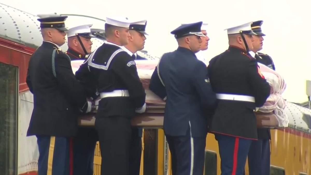 41-в президента США похоронили в Техасе