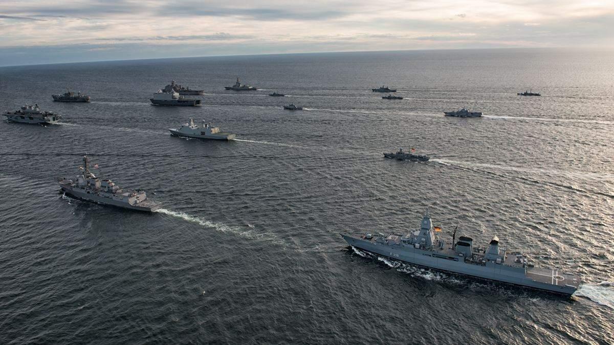 В России паникуют из-за кораблей НАТО в ответ на агрессию в Керченском проливе