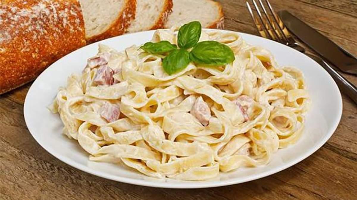 Как приготовить пасту карбонара с курицей: рецепт итальянского блюда