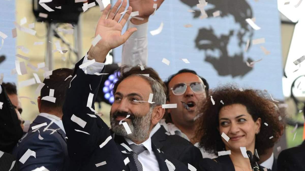 Партия Никола Пашиняна победила на выборах 2018