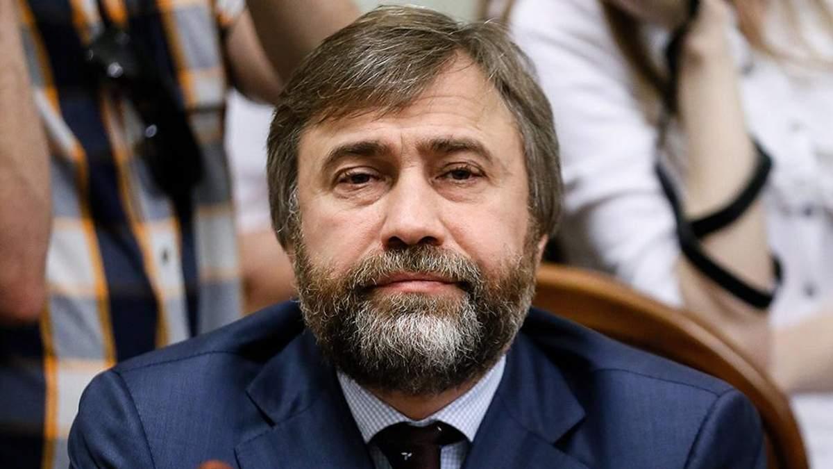 """Порошенко розповів, навіщо особисто зустрічався з лідером """"Опоблоку"""" Новинським"""