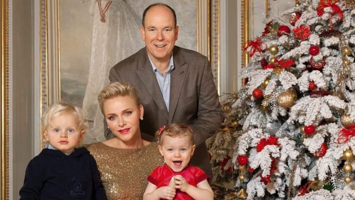 Королівська сім'я Монако: княгиня Шарлін, її чоловік Альбер ІІ та їхні діти