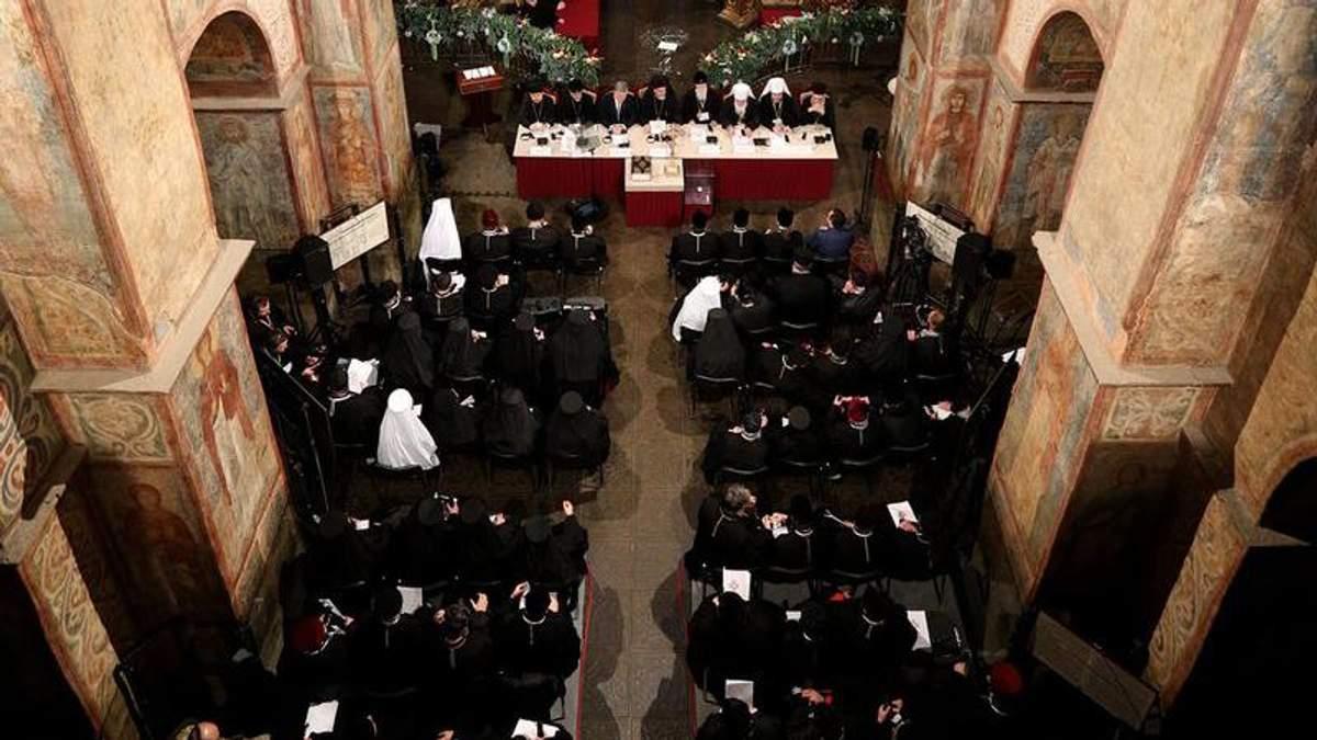 Как происходил Объединительный собор Украинской православной церкви: появилось видео