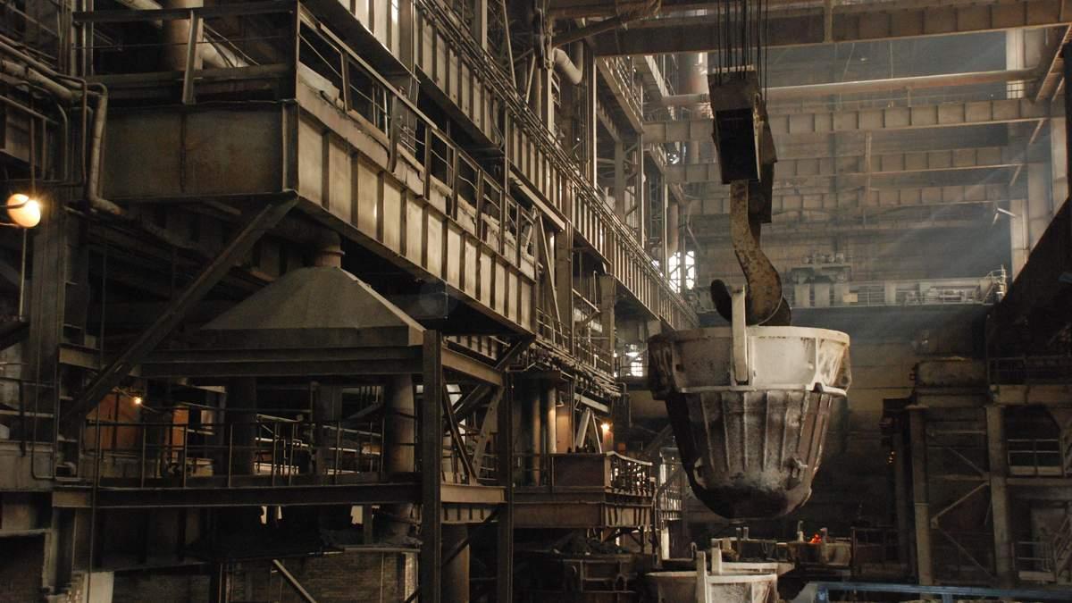 Ферросплавные заводы могут остановиться из-за подорожания перевозок, – УкрФА