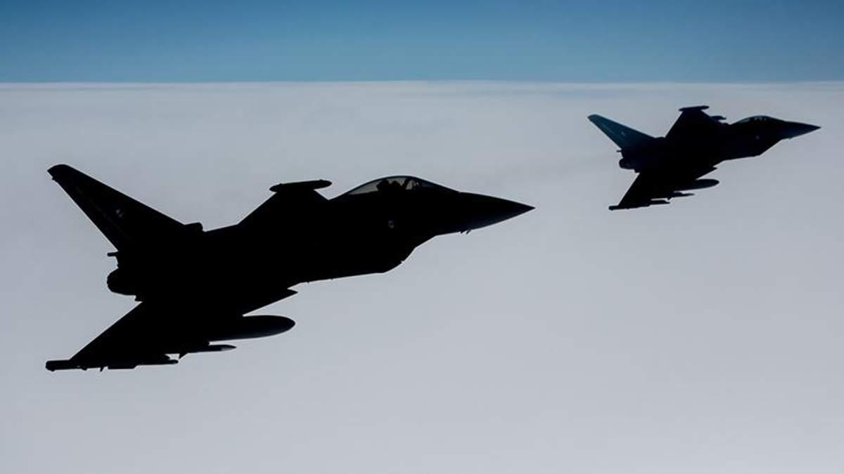 Винищувачі НАТО перехопили військові літаки Росії над Балтійським морем