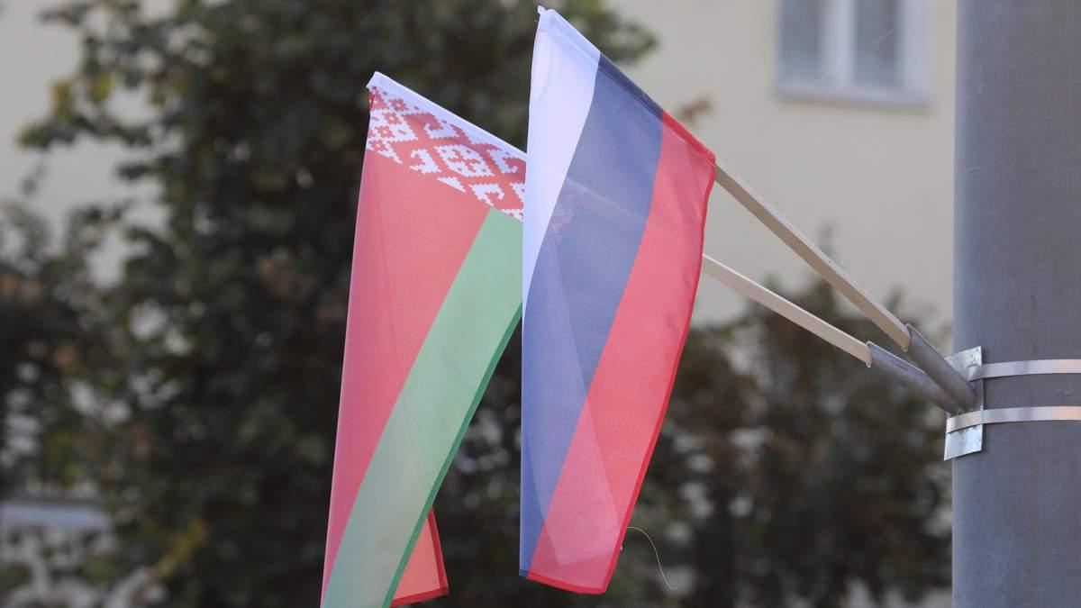 Імовірне об'єднання Росії та Білорусі: що говорять у Кремлі