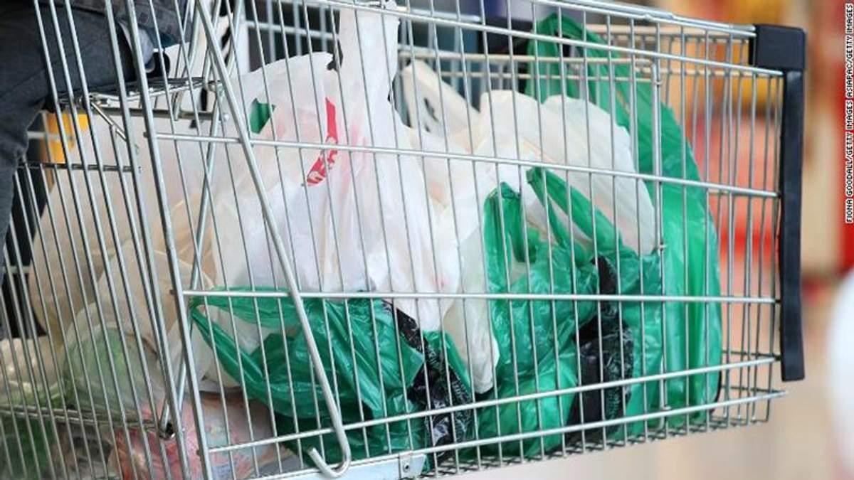 У Південній Кореї заборонили пластикові пакети в супермаркетах