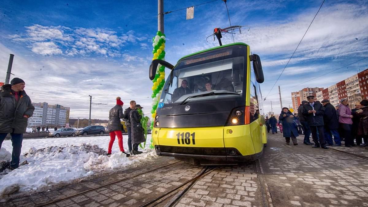 Садовый: Украина должна перейти на электротранспорт