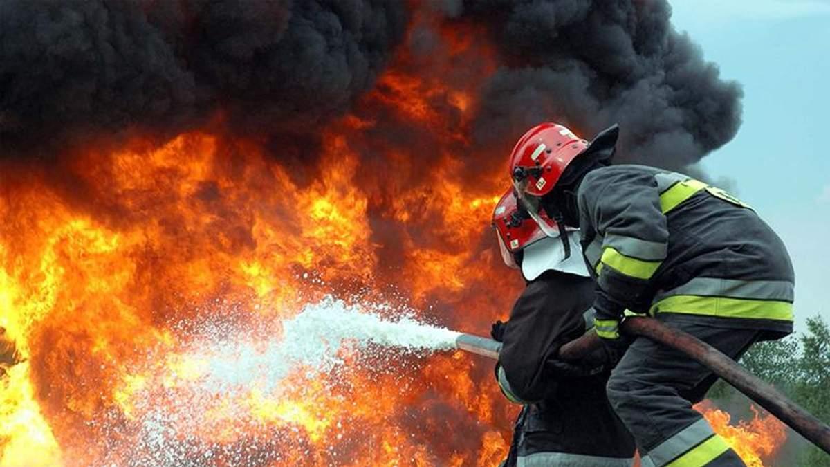В Іспанії пожежа у житловому будинку забрала життя щонайменше 3 людей: фото
