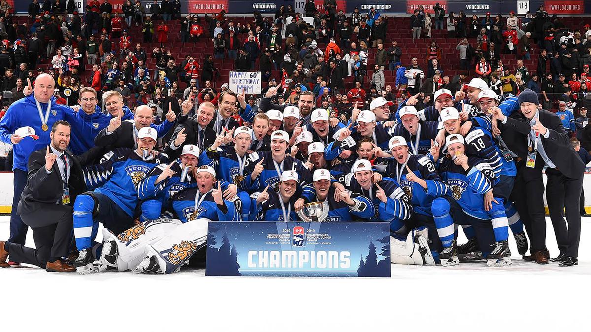 Финляндия – чемпион мира по хоккею среди молодежных сборных