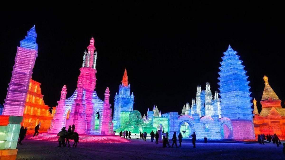 У Китаї стартував масштабний фестиваль льоду та снігу