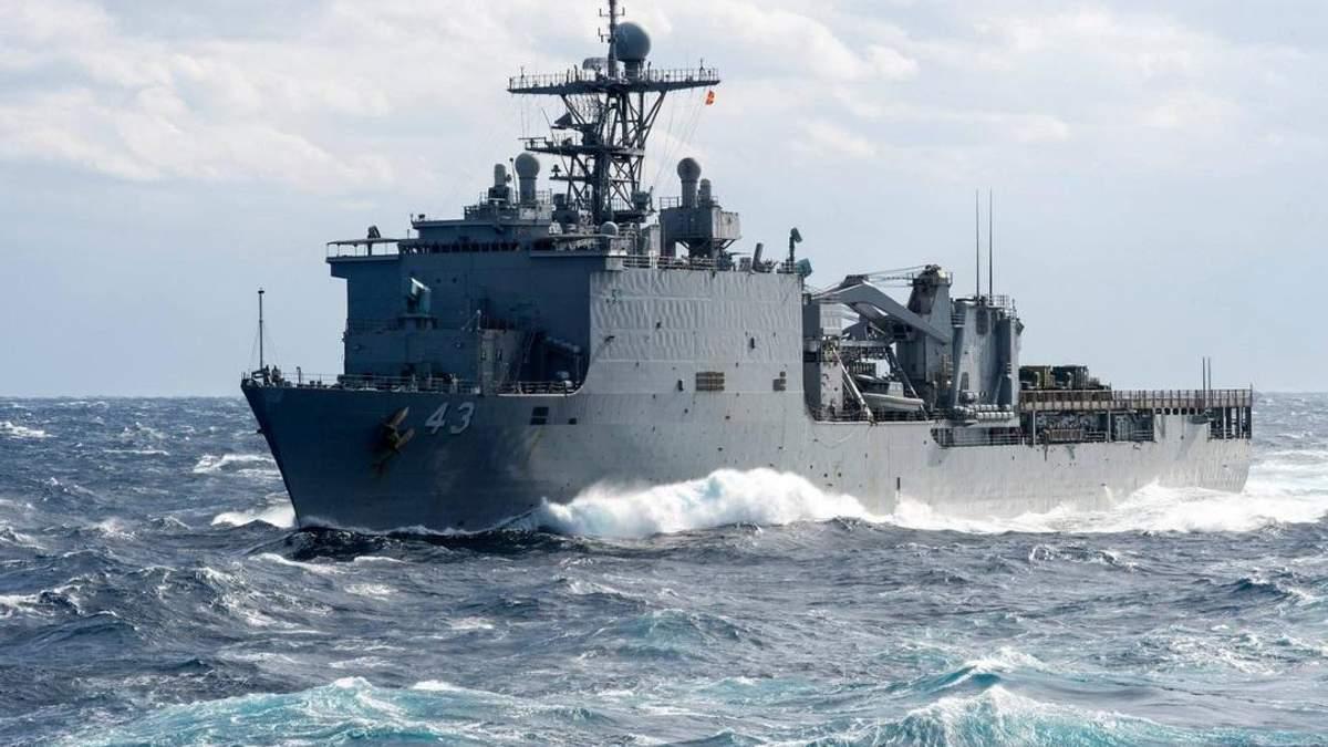 Бойовий корабель США в Чорному морі
