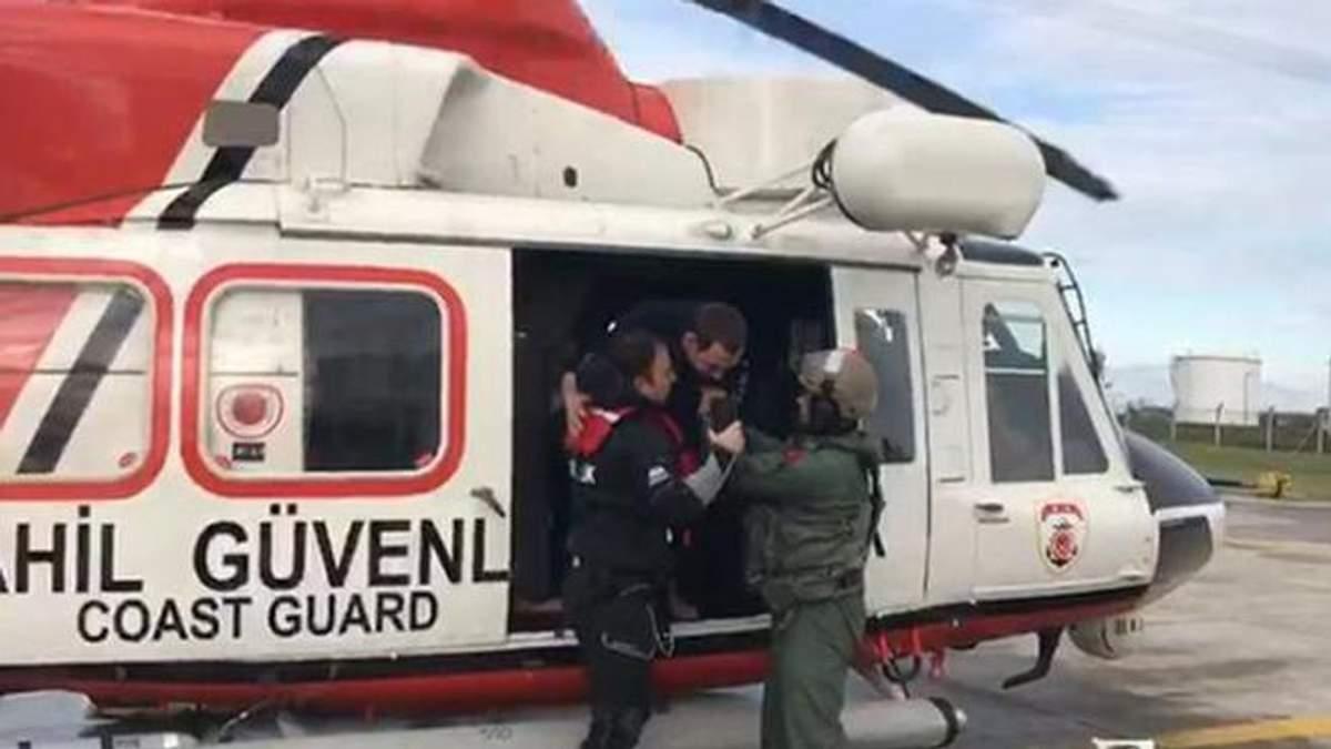 Рятувальна операція триває