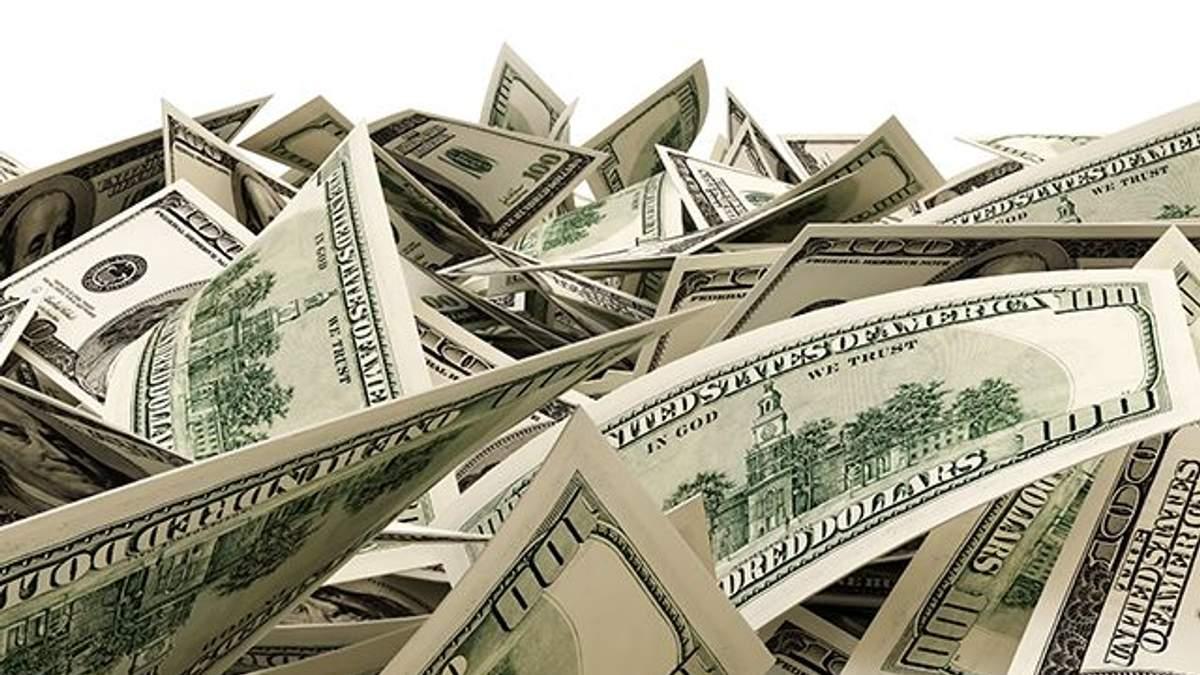 Яким буде курс долара в Україні до 13 січня