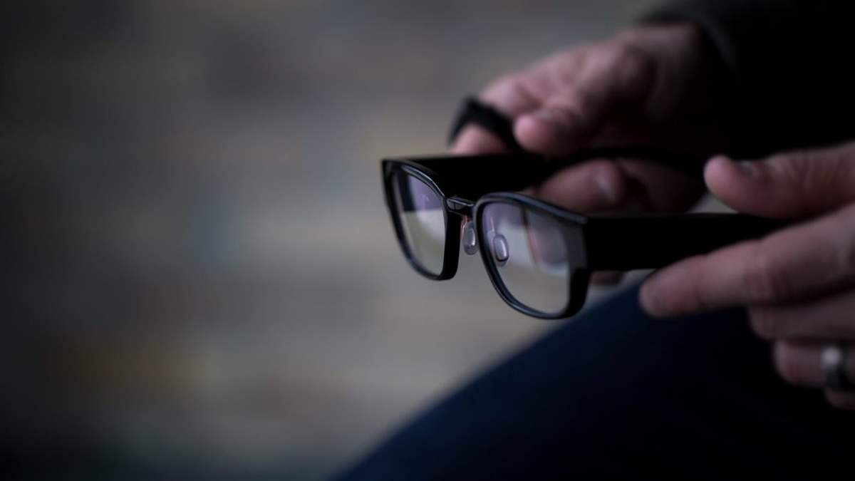 Умные очки Focals