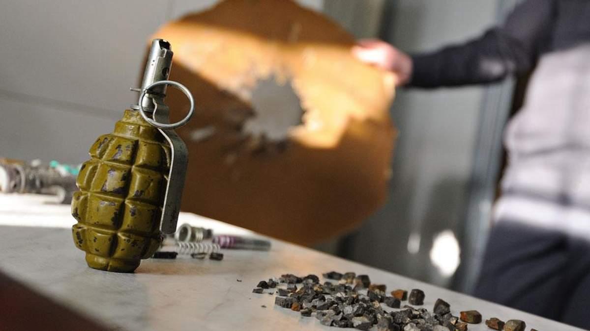 Взрыв гранаты в Мариуполе: один из погибших – подозреваемый в штурме воинской части