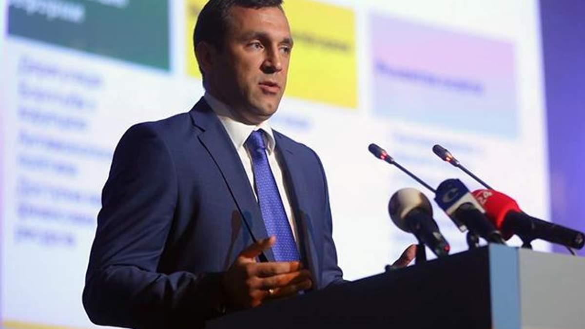 Нардеп Віктор Кривенко заявив про пограбування його квартири