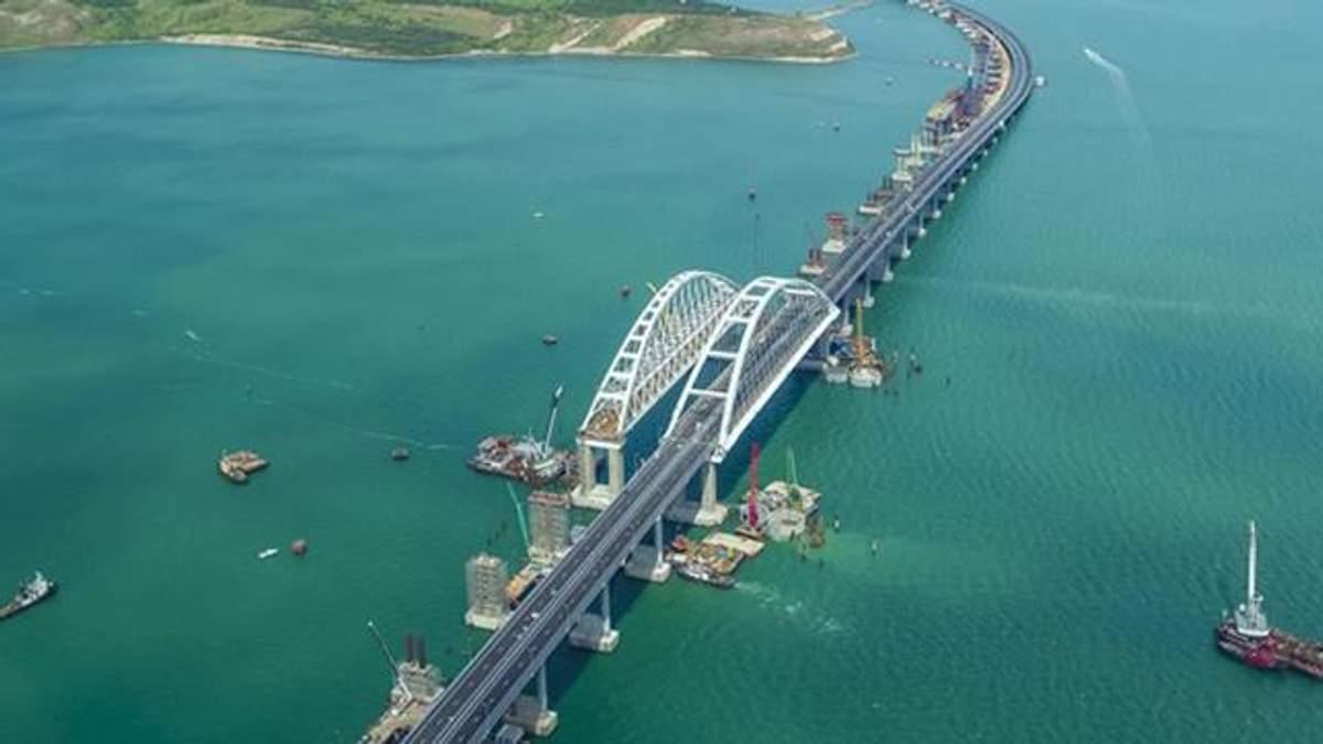 Кримський міст просідає
