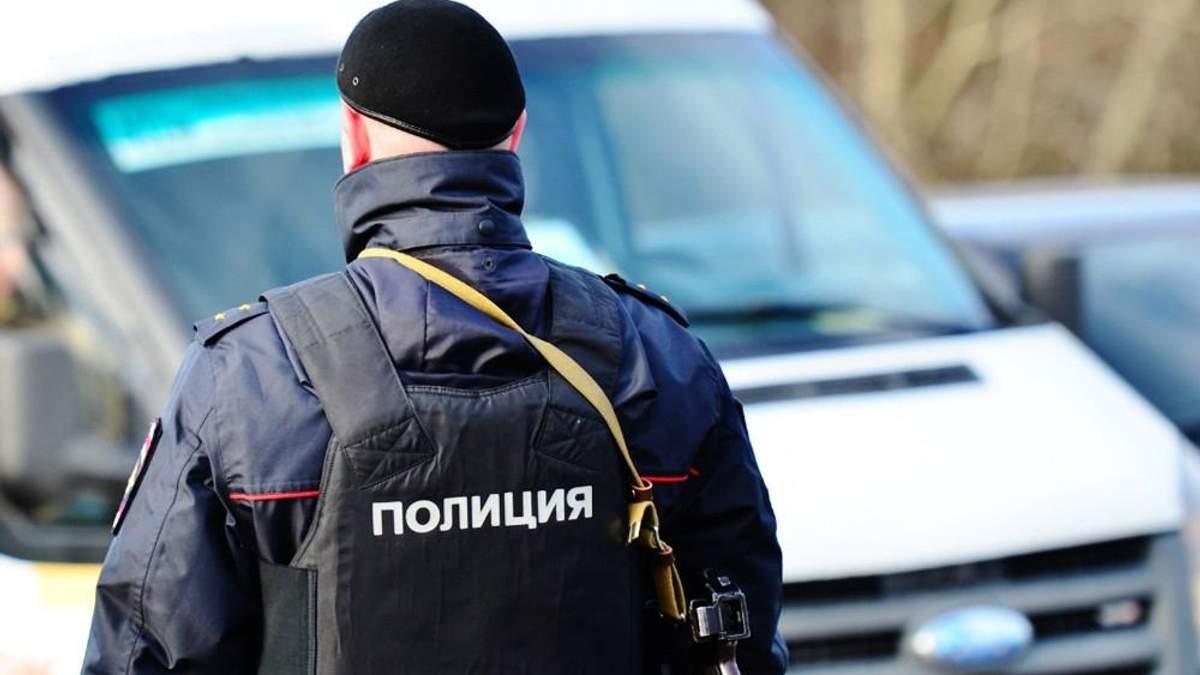 Российские оккупанты в Крыму обыскивают помещения крымских татар