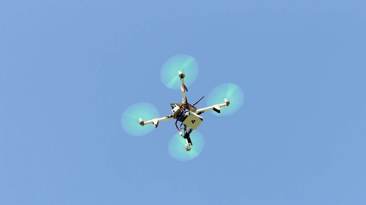 Где в Украине запрещены полеты беспилотников: под запрет попал дом Порошенко