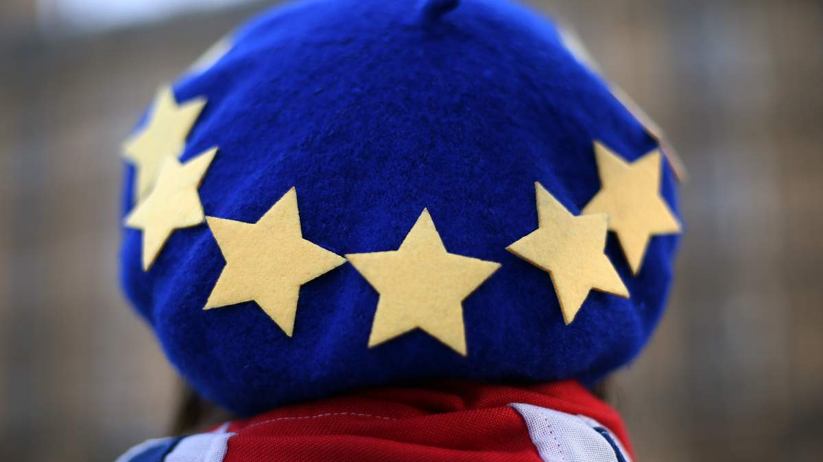 Накануне Brexit: как британцы гоняются за паспортами ЕС