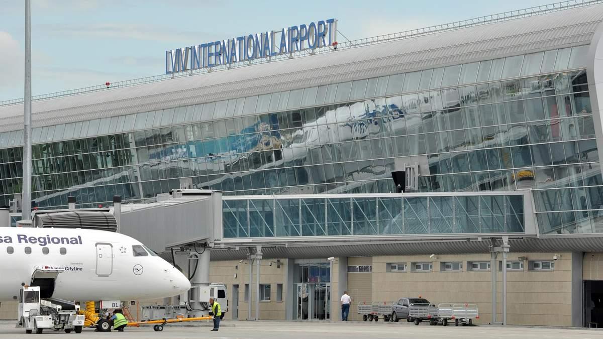 Львовской аэропорт
