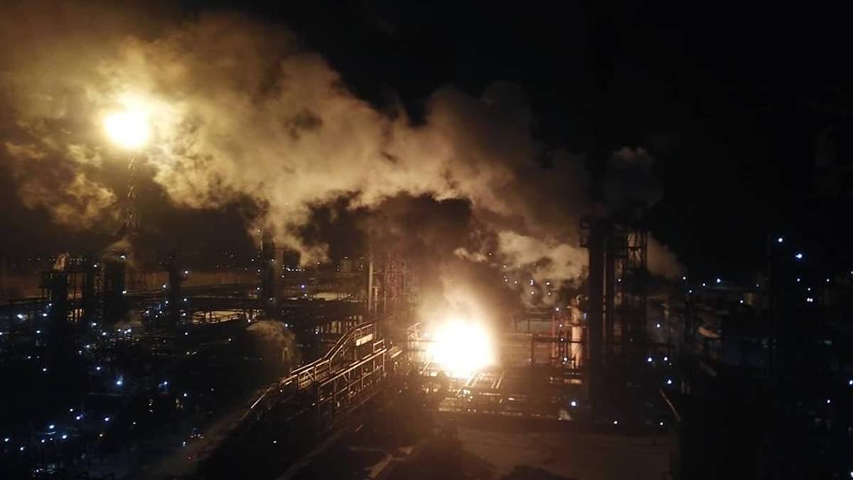 Пожар на химзаводе в Калуше
