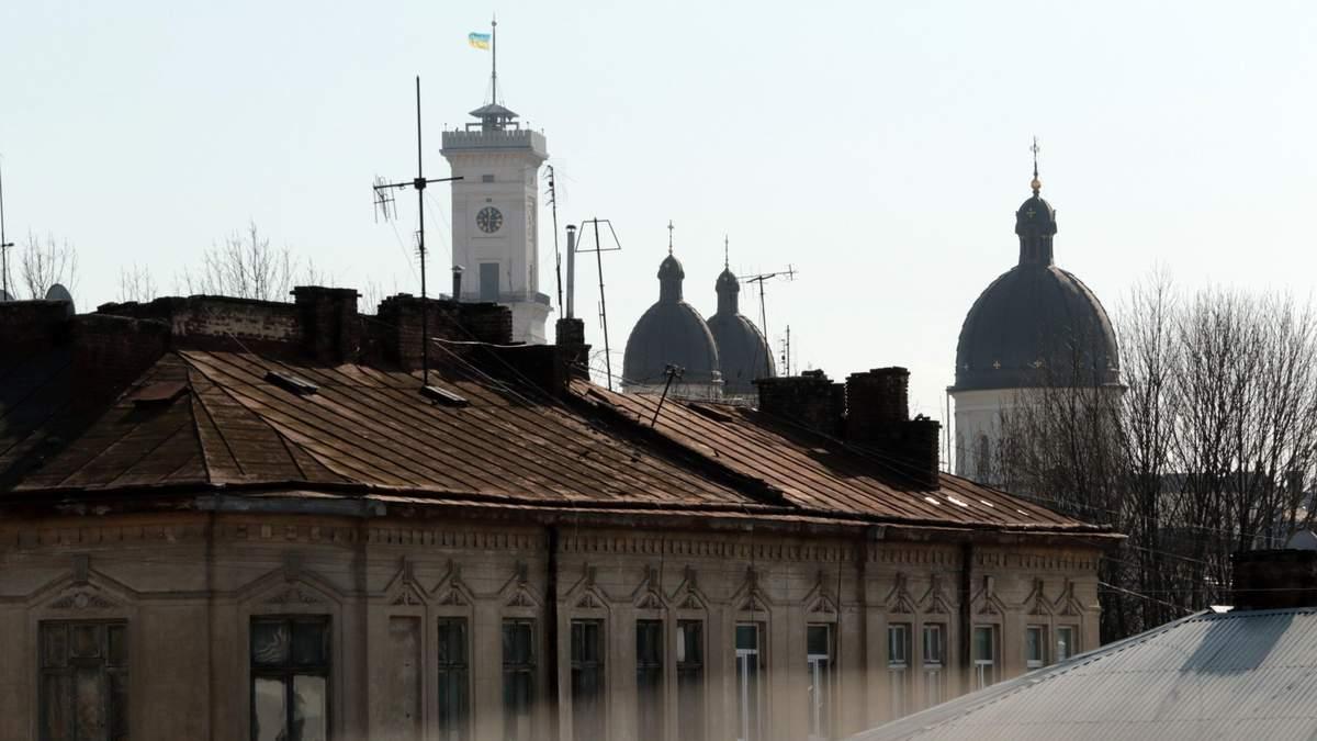 Во Львове запретили лоскутное утепление домов в центральной части города