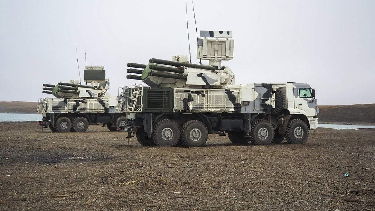 Окупанти не припиняють військових тренувань у Криму: Росія знову завезла нову зброю