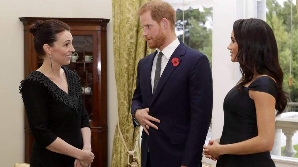 Меган Маркл и принц Гарри с премьер-министром Новой Зеландии