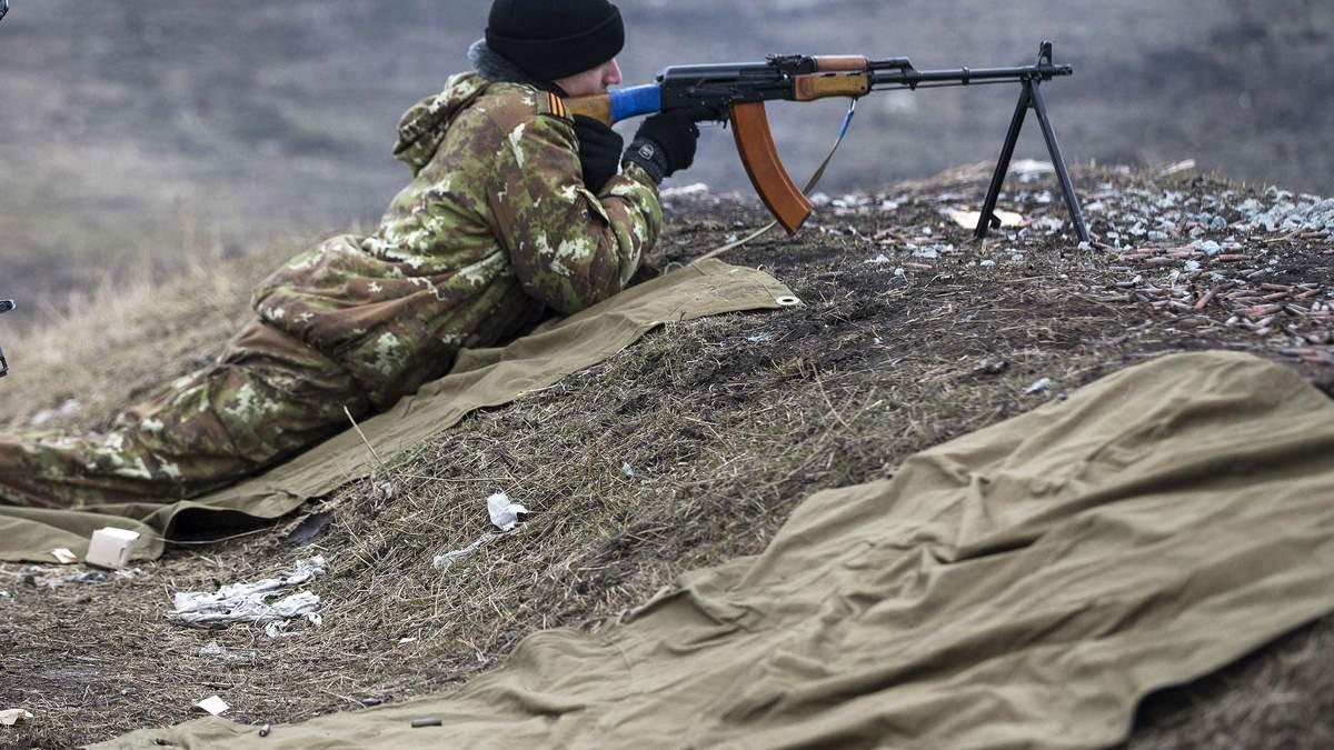 Боевики из пулемета обстреляли работников ГСЧС, которые ремонтировали газопровод возле Марьинки