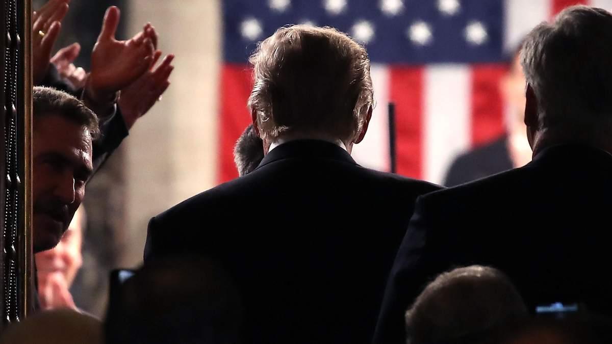 Демократам потрібна максимально принизлива капітуляція Трампа, – Яковина
