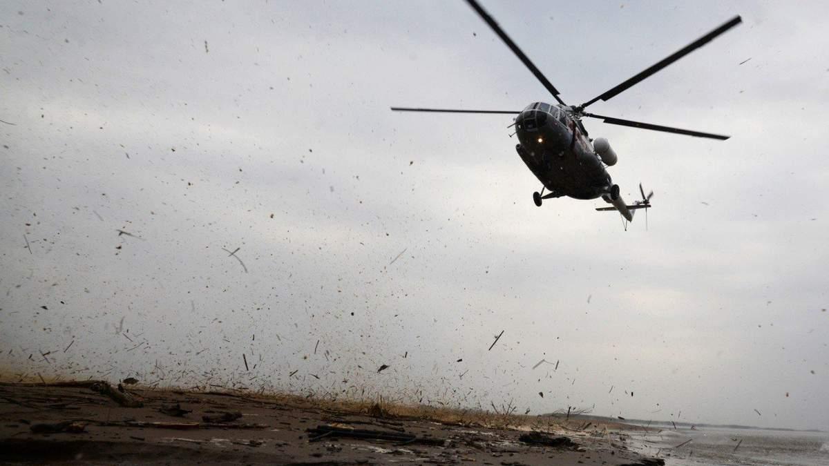 В оккупированный Крым для Росгвардии передали два вертолета Ми-8