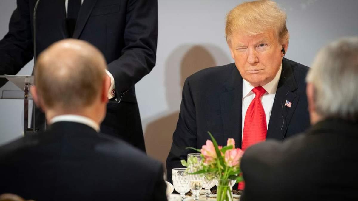 ЗМІ розсекретили більше 100 контактів Трампа і його оточення з Кремлем під час виборів у США