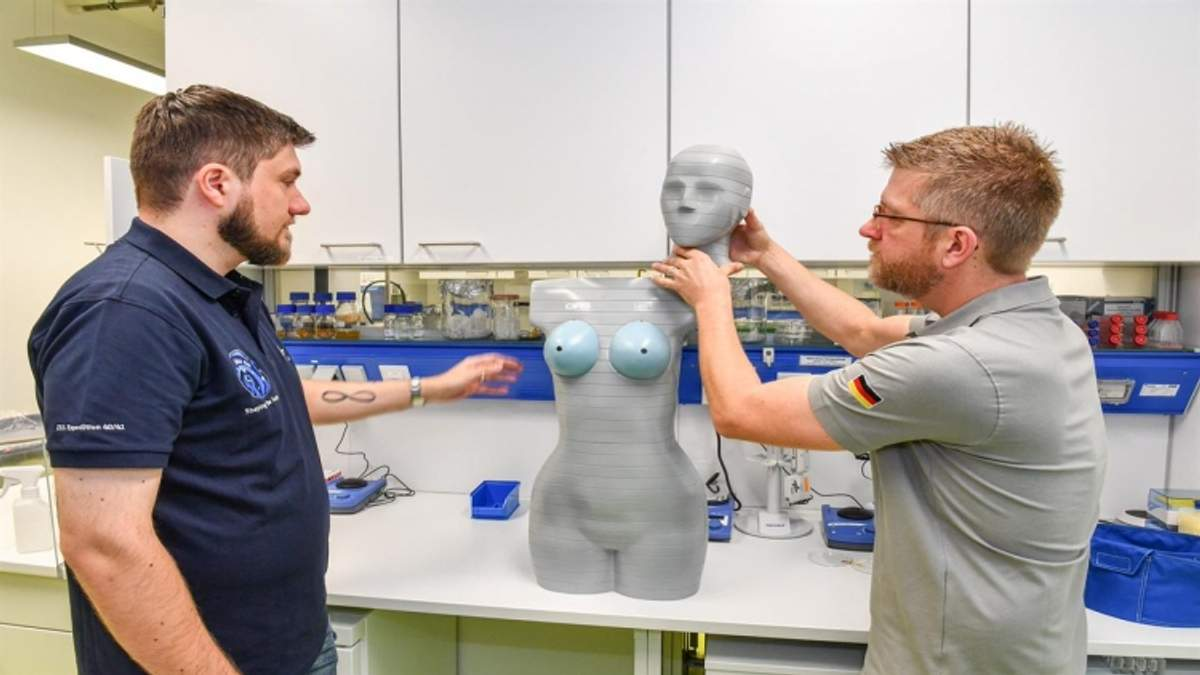 Науковці вимірюватимуть космічну радіацію за допомогою манекенів