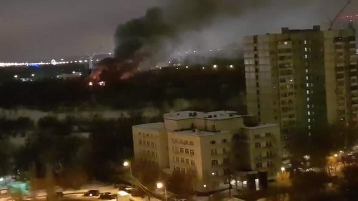 """Пожежа у байк-центрі """"Нічних вовків"""" у Москві"""