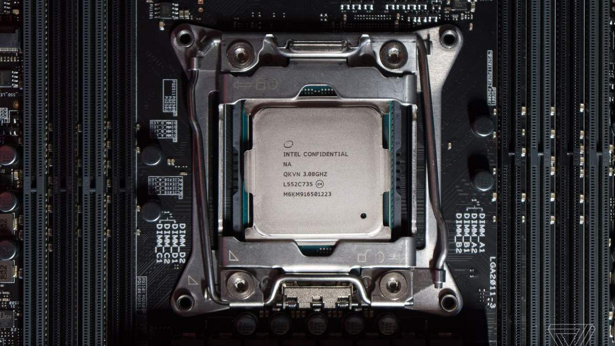 """Intel """"поховала"""" популярну лінійку процесорів Itanium"""
