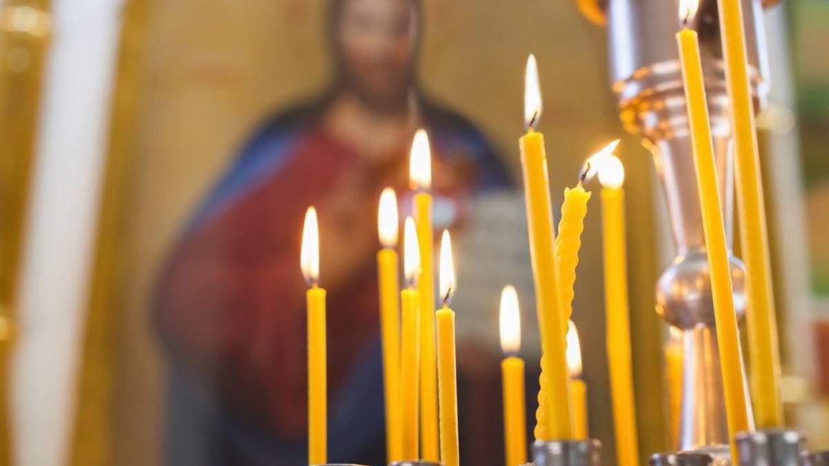 """Сварки, бійки та  """"тітушки"""": з якими труднощами стикаються парафіяни при переході до ПЦУ"""