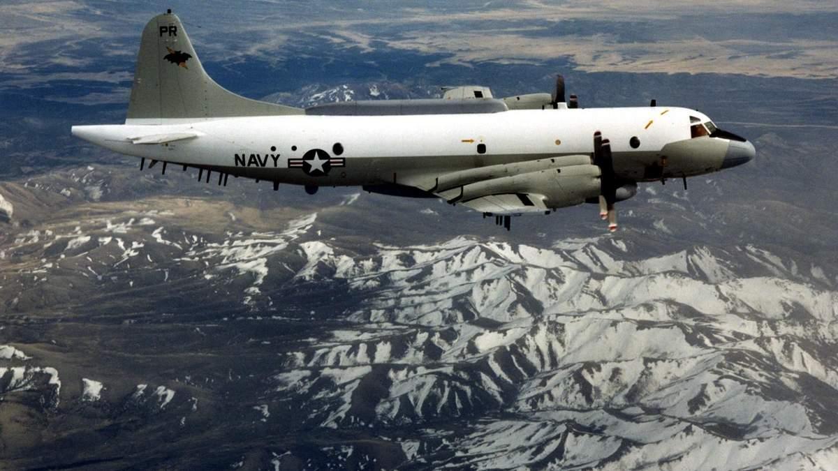 Літак-розвідник ВМФ США пролетів біля берегів Криму
