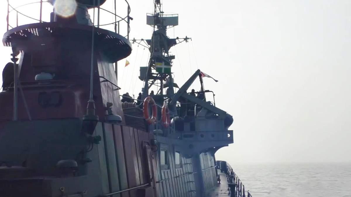Украинские военные провели учения в Азовском море: видео