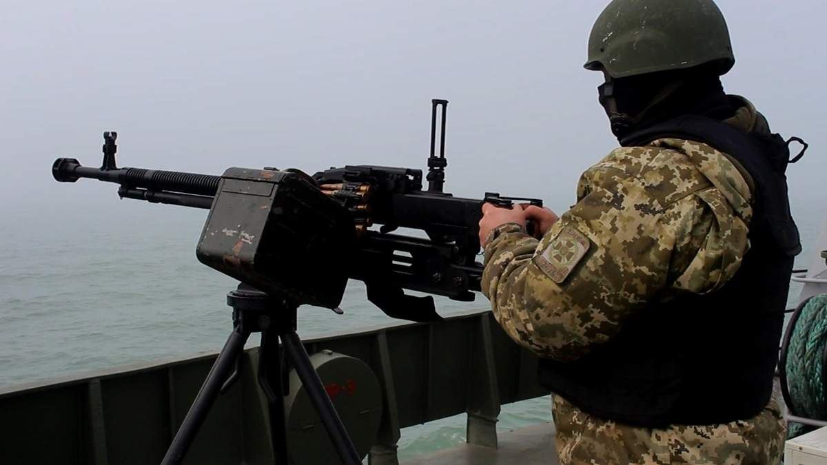 Прикордонники провели тренування в Азовському морі