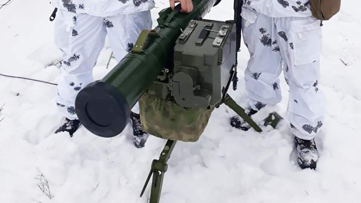 Украинские военные несколькими выстрелами уничтожили технику пророссийских боевиков на Донбассе