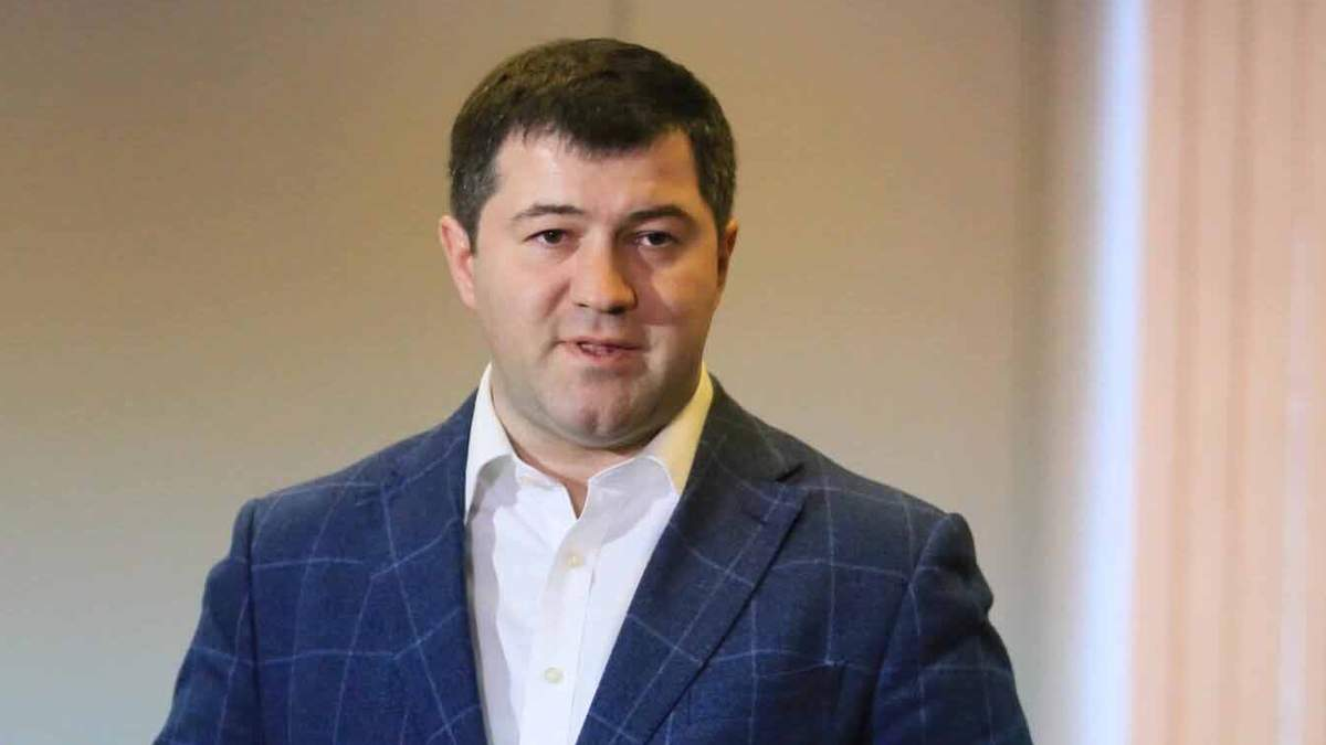 """""""Треба освіжитися"""": Насірова облили водою у прямому ефірі (відео)"""